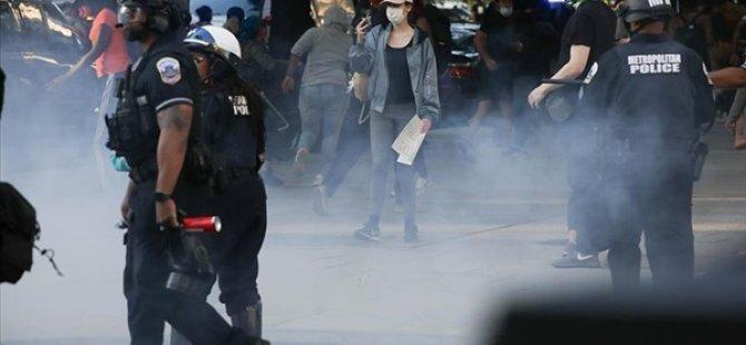 """ABD'de Protestolarda Şiddete Karışmakla Suçlanan Antıfa """"Terör Örgütü"""" Kabul Edilecek"""