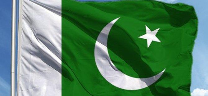 """Pakistan, Hindistan'ın İki Diplomatını """"İstenmeyen Adam"""" İlan Etmesini Kınadı"""