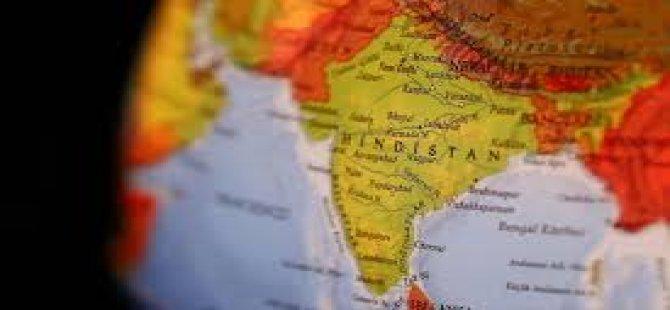 Hindistan, Pakistan Misyonundan İki Yetkiliyi Casusluk Gerekçesiyle Sınır Dışı Ediyor