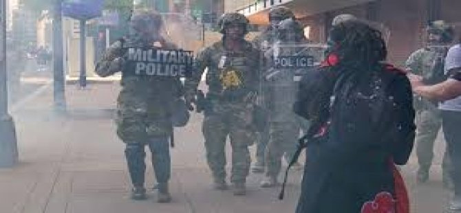 ABD'nin Louisville Kentinde Emniyet Müdürü Polis İhmali Nedeniyle Görevden Alındı