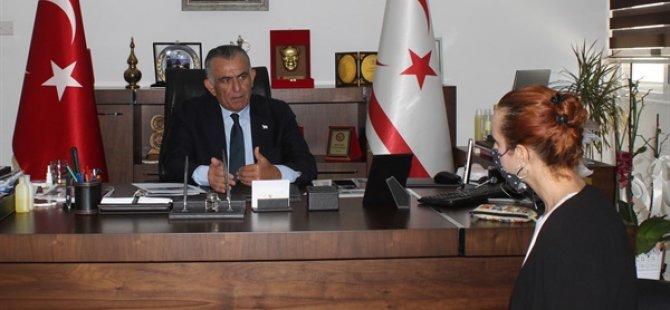 """Çavuşoğlu: """"okulların açılmasına yönelik planlama bakanlar kurulu, bilim kurulu ve sağlık bakanlığı kararları değerlendirdikten sonra, salgının ülkedeki durumu göz önünde bulundurularak yapılacak"""""""