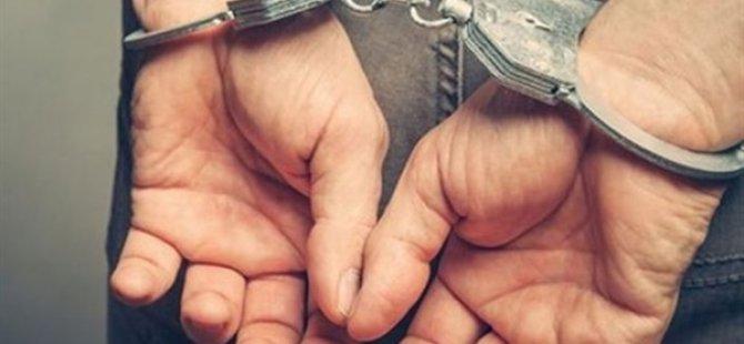 Iki Kardeşin Ölümüyle Ilgili Bir Kişi Tutuklandı