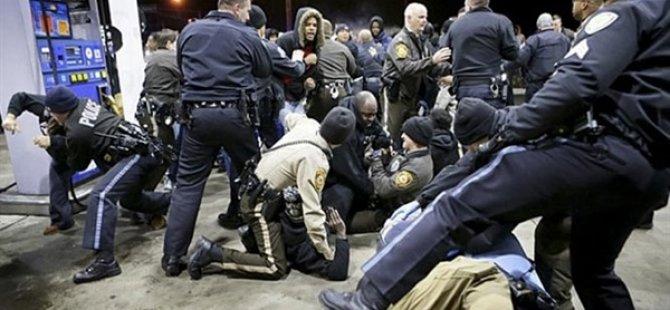 """ABD'deki """"George Floyd"""" Protestoları Ülke Tarihindeki En Geniş Katılımlı Eylem"""