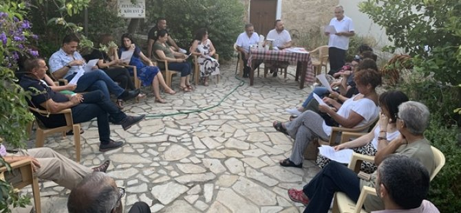 Templos/Zeytinlik Koruma İnisiyatifi Girne Belediye Başkanı Güngördü'yü Ziyaret Etti