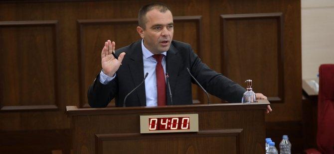 """CTP Milletvekili Salahi Şahiner: """"BRTK yönetimine yazıklar olsun"""""""
