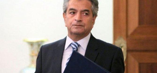 Rum Başsavcı Kostas Kliridis istifa etti