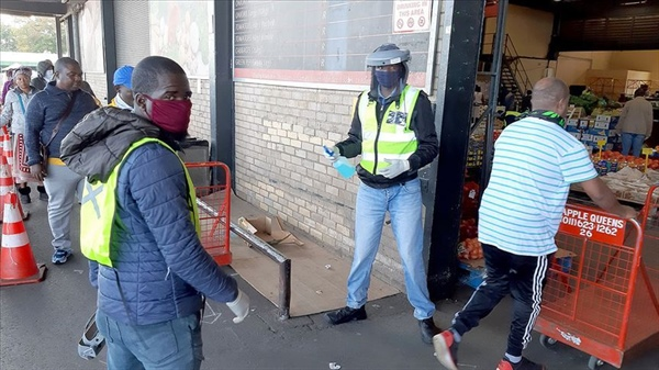Güney Afrika Cumhuriyeti'nde Kovid-19 Vaka Sayısı 200 Bini Geçti