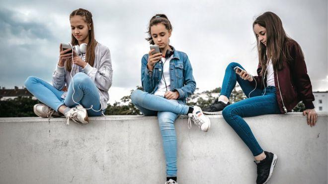 Dopamin aşkına: Cep telefonuna bakmadan yaşamak bu kadar mı zor?