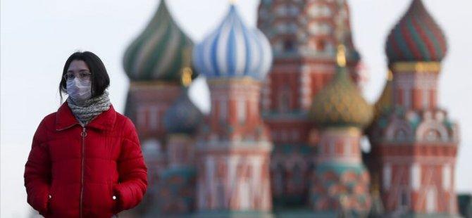 Rusya'da Covid-19 vaka sayısı 746 bini geçti