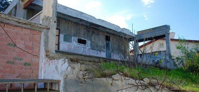 Kıbrıs Türk Devlet Tiyatroları 21 yıl sonra sahnesine kavuşuyor