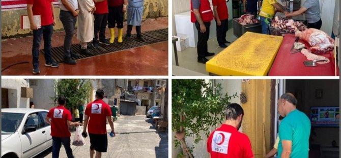 Türk Kızılayı, 50 Adet Büyükbaş Kurban Kesip 9 Bölgede 2 Bin 500 Aileye Dağıttı