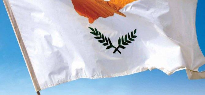 """Güney Kıbrıs İrlanda'nın """"Yeşil Seyahat Listesinden"""" Çıkarıldı"""