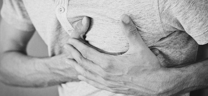 Uzmanından kalp damar hastalarına sıcak havayla 'başa çıkma' önerileri