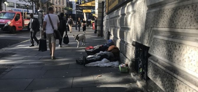 """Londra belediye başkanı Khan: """"Londra'da binlerce kişi kirasını ödeyemediği için evsiz kalabilir"""""""