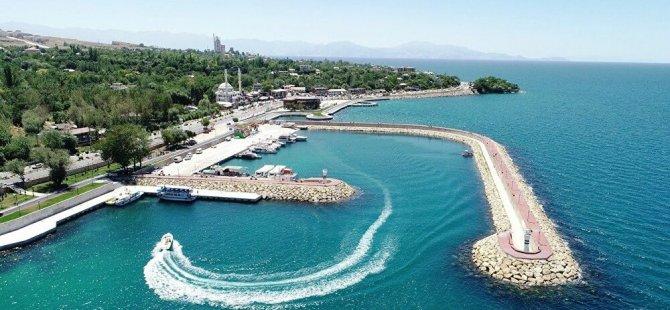 Van Gölü'ne 'yüzen otel' projesi onaylandı!