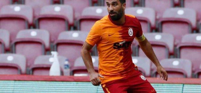 Arda Turan golle döndü, sosyal medya yıkıldı!