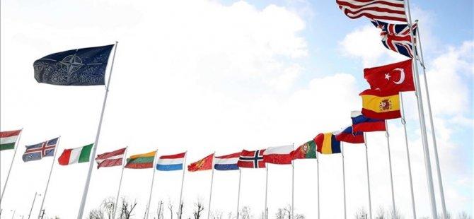 Nato karargahındaki Türkiye-Yunanistan toplantısı başladı