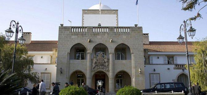Saray'da Eşitlik Masaya Yatırıldı