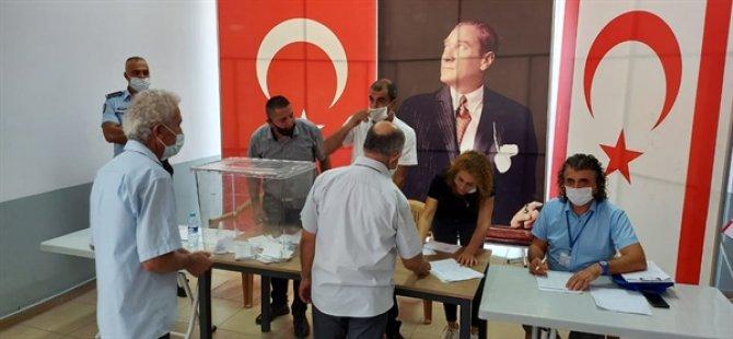Muhtarlarda oylar eşit çıktı, seçim haftaya tekrarlanacak!