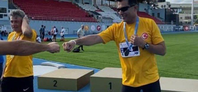 UBP Lefkoşa milletvekili Hüseyin Özgürgün, bugün katıldığı master atletizm yarışlarında iki kez kürsüye çıktı!