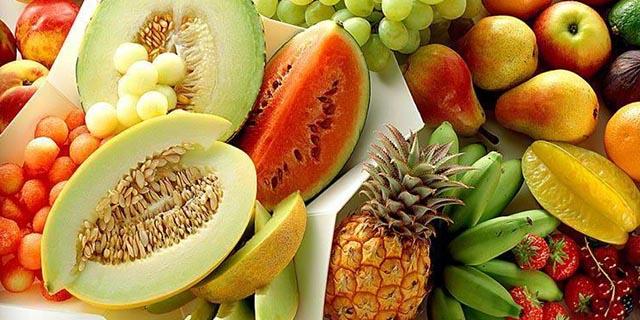 Güney Kıbrıs'ta sebze meyve fiyatları uçtu!