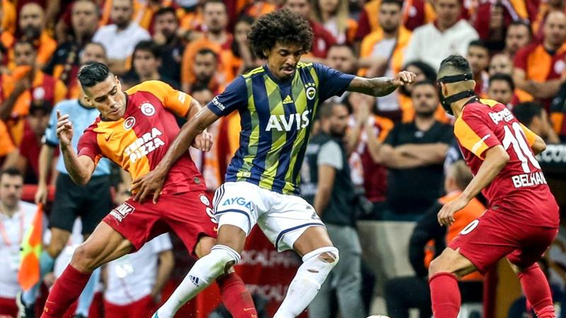 Süper Lig'de derbi zamanı: Galatasaray, Fenerbahçe'yi ağırlıyor