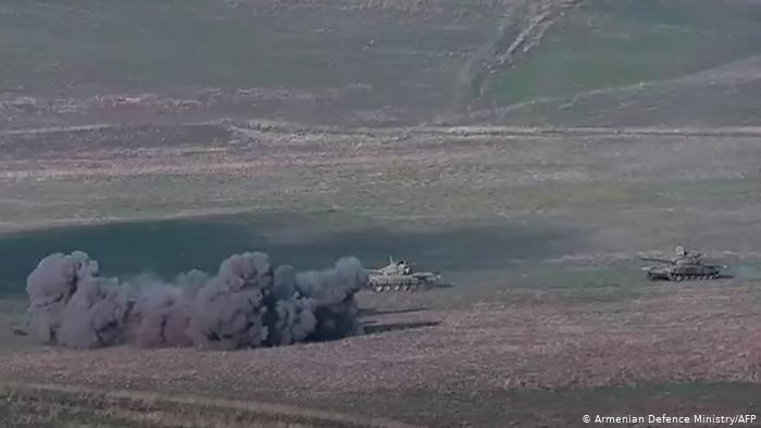 Dağlık Karabağ'da çatışmalar şiddetlendi