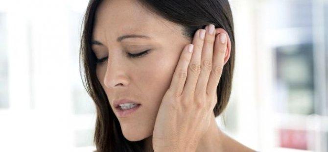 Geçmeyen Kulak Tıkanıklığı Ve Çınlamaya Dikkat!