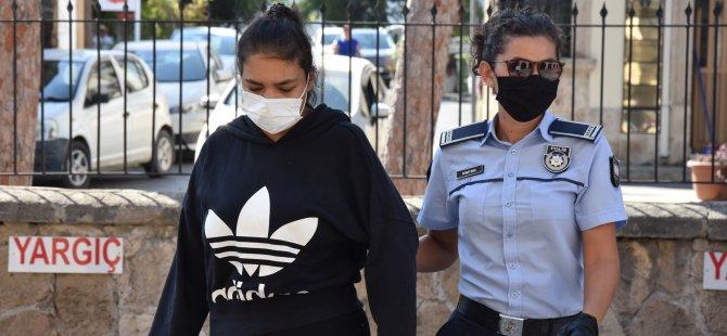 Silahlı soygun zanlısı ve uyuşturucu zanlısı kız arkadaşı mahkemeye çıkarıldı