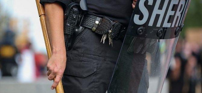 ABD'de bir siyahiyi öldüren, diğerini de yaralayan polis kovuldu