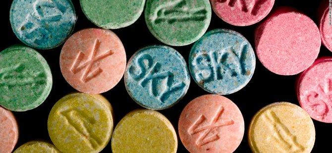 Narkotik Ekipleri Tarafından Yapılan Operasyonda...