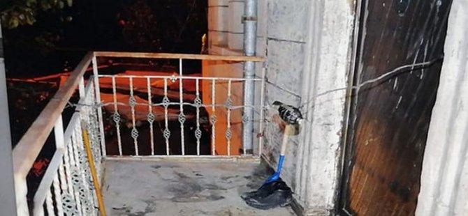 Ayrılmak isteyen sevgilisinin kapısına bomba düzeneği kurdu