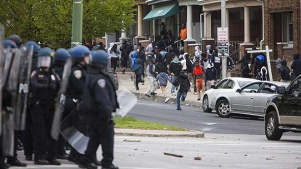 ABD Baltimore'da sokağa çıkma yasağı