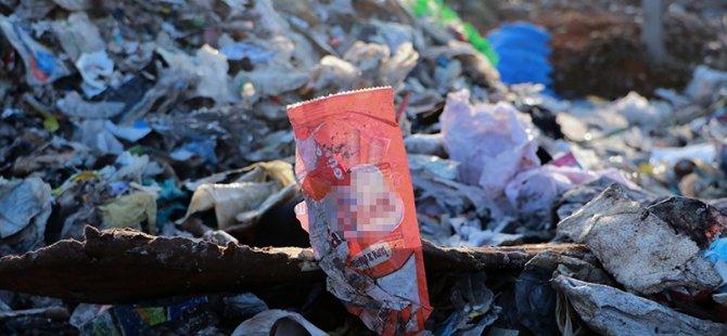 Avrupa'dan ithal edilen plastik çöpler yol kenarında yakılıyor!