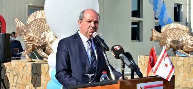 """Tatar: """"KKTC'de böyle eserlerin yükselmesi, dünyaya, Kıbrıs'ta iki devletin var olduğuna yönelik verilen anlamlı bir mesajdır."""""""