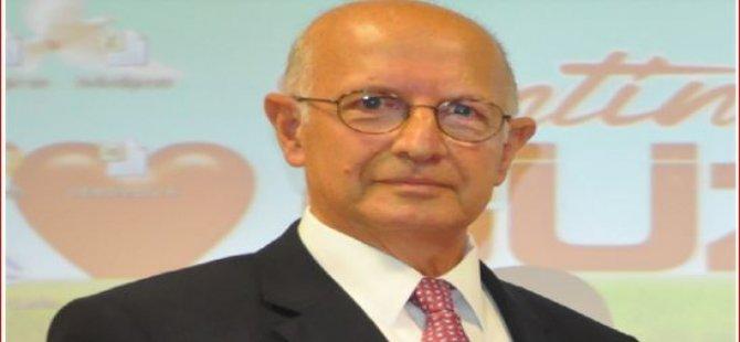 Καθηγητής  Δρ.  Μήνυμα λόγω του θανάτου του Acar