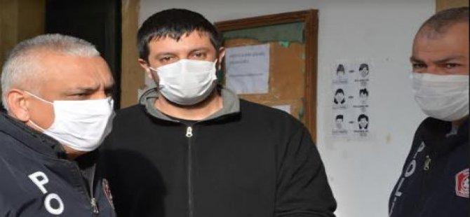 Ο ύποπτος με ναρκωτικά στο αυτοκίνητό του μεταφέρθηκε στο δικαστήριο