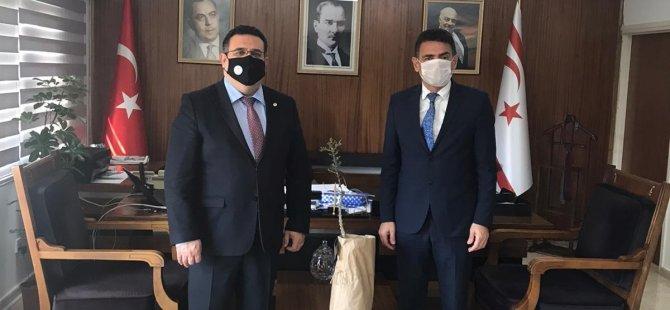 DAÜ rektörü Prof. Dr. Hocanın'dan bakanlıklara ziyaret