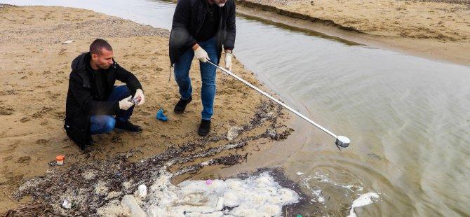 İskele Belediyesi Halk Plajı Denizinde Mikrobiyolojik Veya Kimyasal Bir Kirliliğe Rastlanmadı