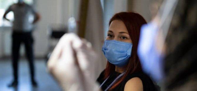 Covid-19 Hastaları İzlem Merkezi: Saç dökülmesi ve sırt ağrısı görülüyor