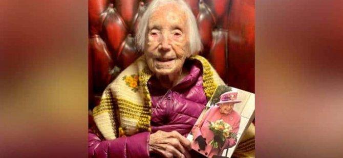 110 yaşında TikTok'un 'yıldızı' oldu: Şarkı söylerken çekilen videoya binlerce yorum geldi
