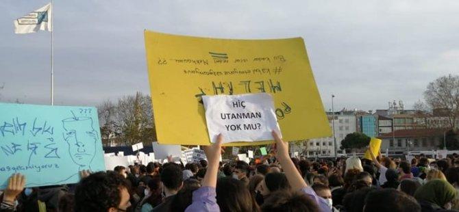 Boğaziçi'ndeki eylemler sosyal medyada gündem oldu: #AşağıBakmayacağız