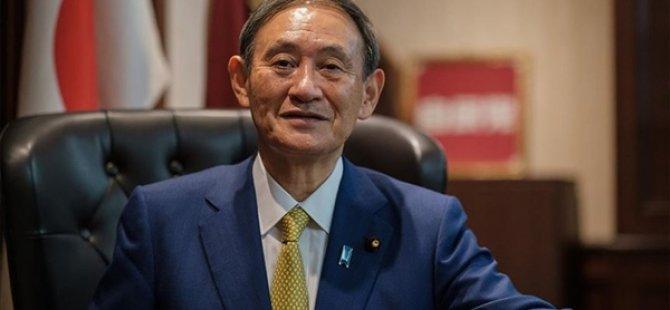 Japonya Başbakanı Suga, Kovid-19 Temas Takip Uygulamasındaki Arıza Sebebiyle Özür Diledi