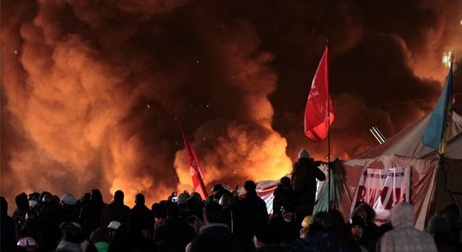 Ukrayna'da gece baskını: 25 ölü