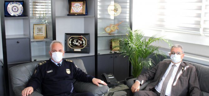 İçişleri Bakanı Kutlu Evren, Polis Genel Müdürü Ahmet Soyalan'a Teşekkür Etti
