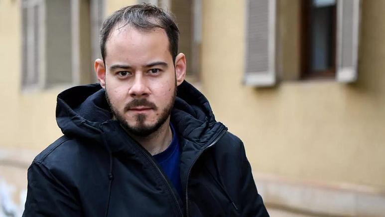 Krala hakaretten hapis cezası verilen İspanyol rapçi kendini üniversiteye kilitledi