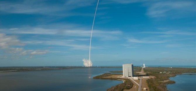 Spacex, Starlınk Ağı İçin 60 İnternet Uydusunu Daha Uzaya Fırlattı