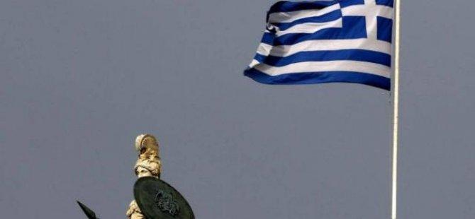 Yunanistan'da Hükümet Sözcüsü görevinden istifa etti