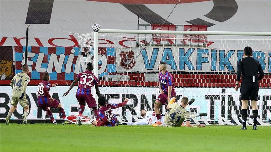 Trabzon'da 3 puan Fenerbahçe'nin