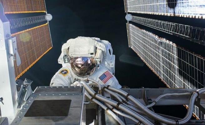 Uluslararası Uzay İstasyonu'ndaki NASA astronotları uzay yürüyüşüne çıktı